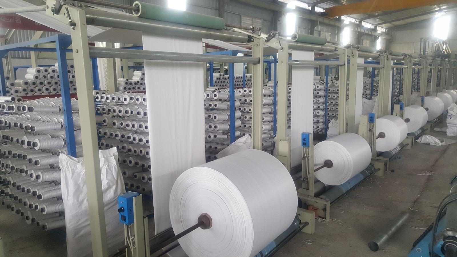 máy móc phụ trợ ngành nhựa